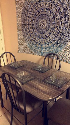 Kitchen table and 4 chairs for Sale in Plainfield, IN