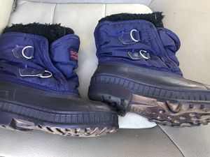 Kids size 12 snow winter boots for Sale in Chula Vista, CA