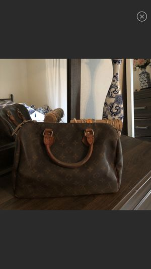 Authentic Louis Vuitton Bag for Sale in Pekin, IL