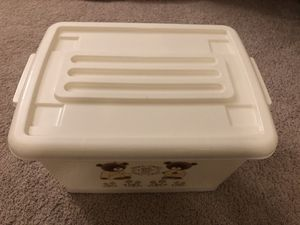 Plastic storage container for Sale in New York, NY