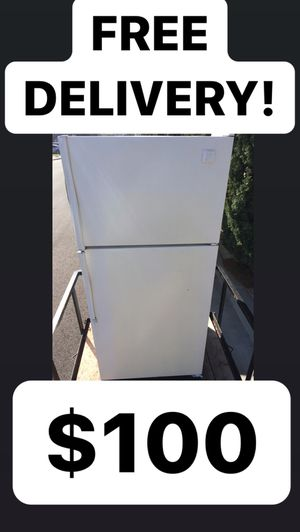 Whirlpool Apartment Size Refrigerator White #783 for Sale in Huntington Beach, CA