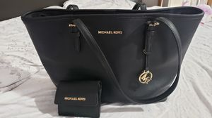 Mk Jet Set Tote & Small wallet for Sale in Dallas, TX