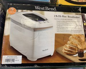 WestBend Bread Maker for Sale in Decatur, GA