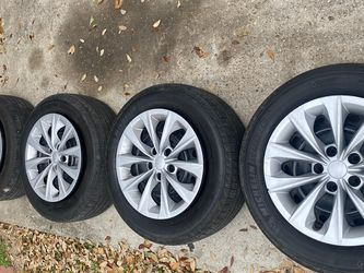Toyota Camry 4 Rims And Tires for Sale in Houston,  TX