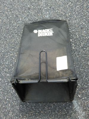 Black & decker lawn mower grass catcher bag Carrier replacement part 242501-05yl hq for Sale in Arlington, MA