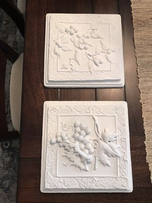 Pair of Shabby Chic Wall Hangings for Sale in Oakland, FL