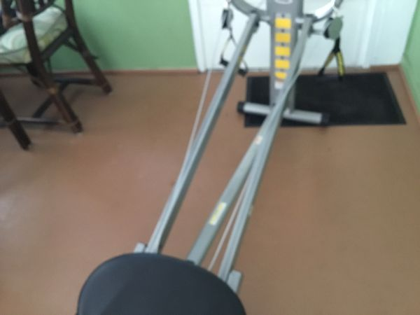 Total gym xl barely used $150.00