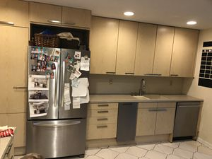 Free kitchen + counters+dishwasher +stove for Sale in NJ, US