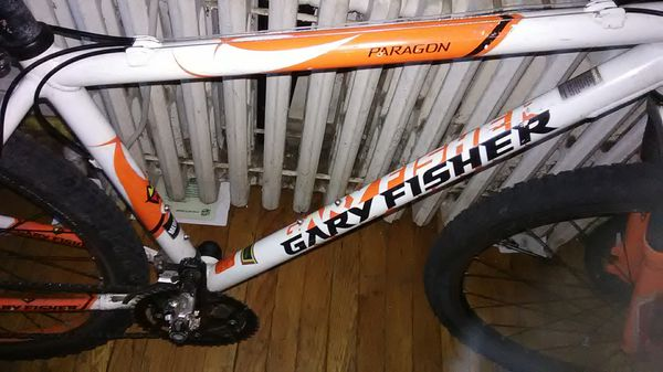 Gary Fisher mountain bike everything original and works, it has the Michelin racing car tires the shocks up front cluster racing pedals
