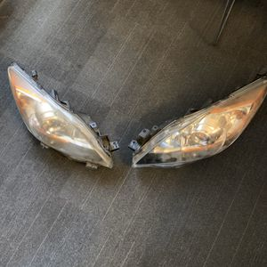 Mazda Mazda3 HID headlights for Sale in San Diego, CA