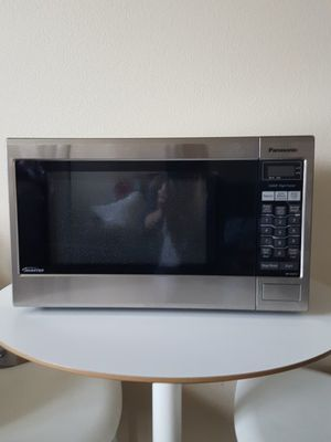 Panasonic microwave for Sale in Portland, OR