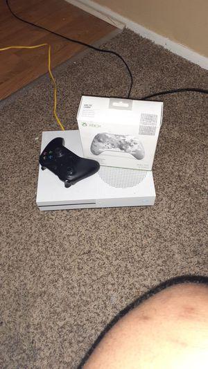 Xbox one 1tb for Sale in Detroit, MI