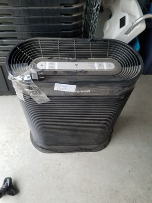 Honeywell air purifier and leather couch/bed for Sale in Ellensburg, WA