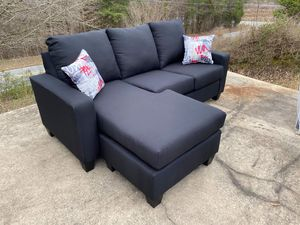 New Black Sofa with Chaise **READ DESCRIPTION** for Sale in Thomasville, NC
