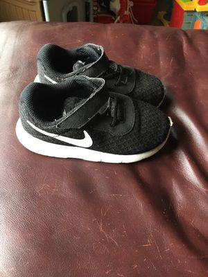 Nike play shoes toddler 8c for Sale in Gresham, OR