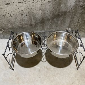 Dual Dog Feeder for Sale in Manchester, CT