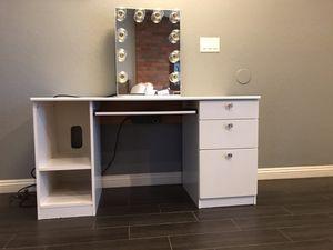 IKEA desk/vanity for Sale in Artesia, CA