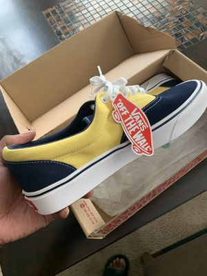 Men's vans canvas for Sale in Cleveland, OH