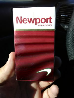 Newport non menthol 1 pk for Sale in Hartford, CT