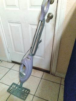 Shark® Lift-Away® Professional Steam Pocket® Mop for Sale in Dallas,  TX
