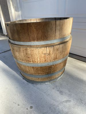 2 half wine barrels (real wine barrels) for Sale in Norco, CA