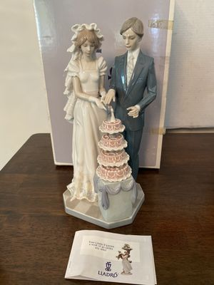 Lladro Wedding Cake (#5587) for Sale in Los Angeles, CA