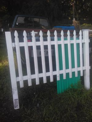 FENCING POST ONLY 1 for Sale in Tampa, FL