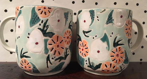 Lot 4 rare Anthropologie coffee mugs cups