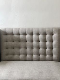 Creme Chaise Lounge for Sale in Chicago,  IL