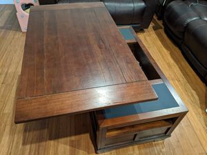 Very new coffee table. Big storage space. for Sale in Bellevue, WA