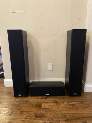Polk Audio Towers and Center Speaker for Sale in Argyle, TX