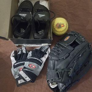 Baseball/Softball Set for Sale in San Francisco, CA