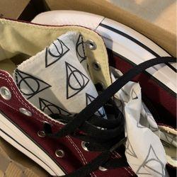 Harry Potter Converse Mens 9 for Sale in Arlington,  WA
