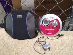 Philips Jog Proof CD player with case. for Sale in Melbourne, FL