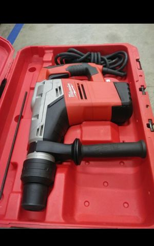 MILWUAKEE CORDED 1-9/16 SDS PLUS ROTARY HAMMER LIKE NEW for Sale in San Bernardino, CA