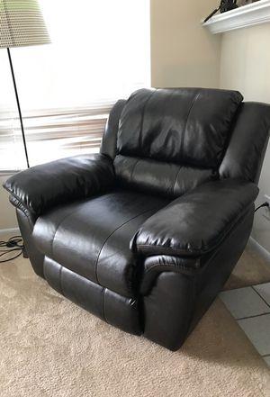 Leather Recliner for Sale in Alexandria, VA