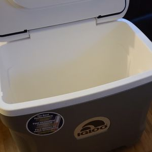 Igloo Electric Cooler. for Sale in Vancouver, WA