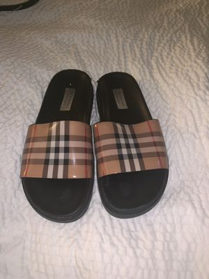 Used Burberry Slide side 8 women's for Sale in Cary, NC