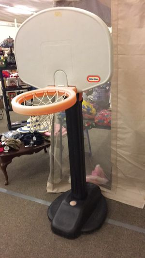 Kids Basket Ball Hoop for Sale in Saint Robert, MO