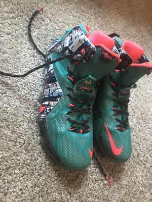Nike size 11 Lebron Christmas edition for Sale in Smyrna, TN