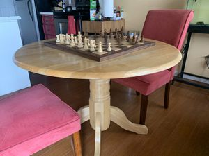 Small dining table and chairs for Sale in Renton, WA