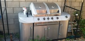 Propane BBQ 5 burner for Sale in Chino, CA