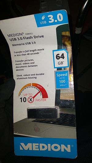 medion usb 3.0 flashdrive 64 gigs for Sale in Covina, CA