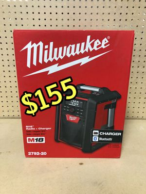 BRAND NEW MILWAUKEE M18 BLUETOOTH RADIO SPEAKER 🔊 2792-20 $155 CASH & FIRM PRICE NO LOW OFFERS NO LOW BALLERS SET PRICE SERIOUS BUYERS ONLY WONT for Sale in Los Angeles, CA
