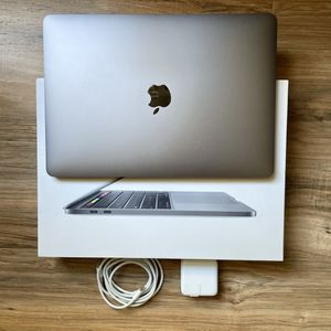 "2TB SSD 15"" MacBook Pro Touch Bar 2.9GHz i7 Retina Quad Performance very similar to 2019 & 2020 16"" 18 for Sale in Los Angeles, CA"