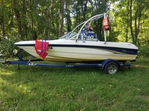 19 ft Chapparral ski boat for Sale in Middletown, CT