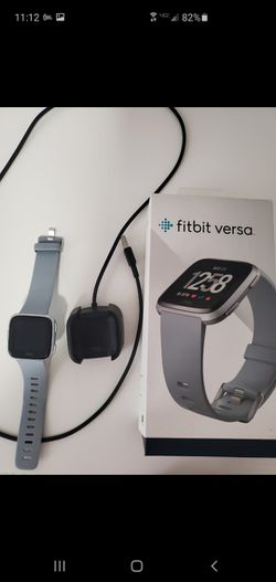 Fitbit Versa for Sale in Lutz,  FL