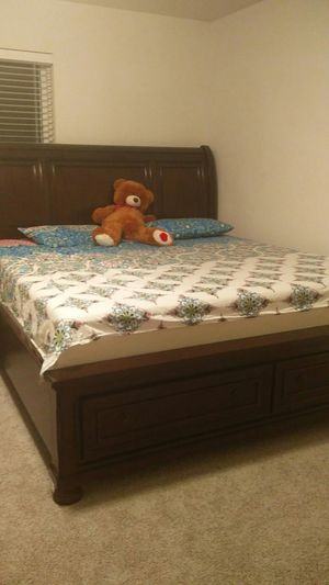 Bed set for Sale in Sun Prairie, WI