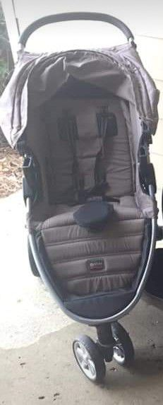 Britax B - Safe Travel System for Sale in North Augusta, SC