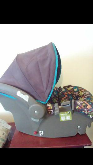 Infant car seat/stroller for Sale in Florissant, US